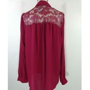 Maroon Button-up Lace Accent Long Sleeve Blouse